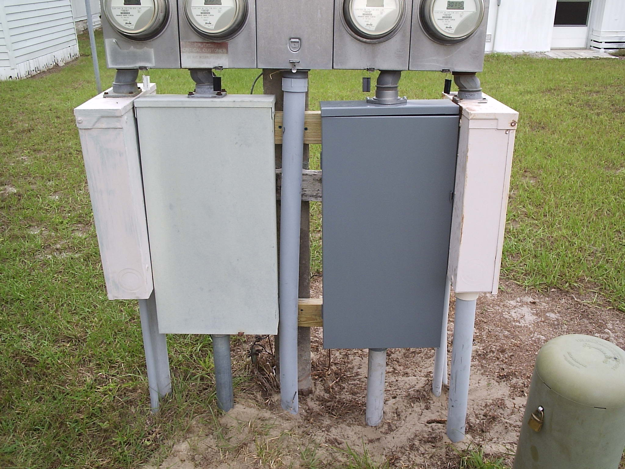 House Fuse Box Got Wet : Electrical panel box outdoor gold load center