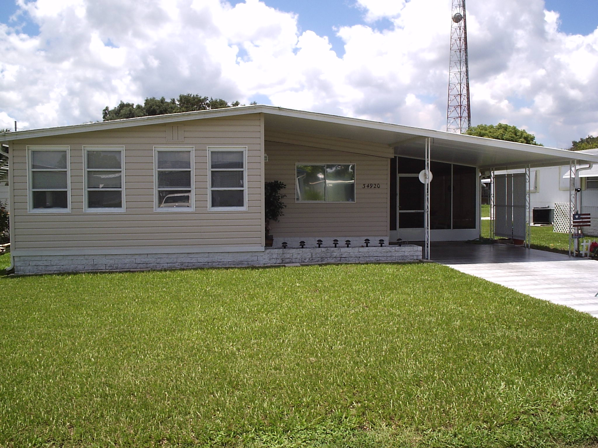 PRICE REDUCED AGAIN on 2 Bedroom/2 Bath Double-Wide Mobile in Zephyr