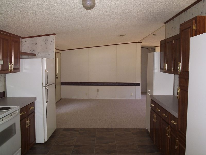 Kitchen to Great Room - New Carpet