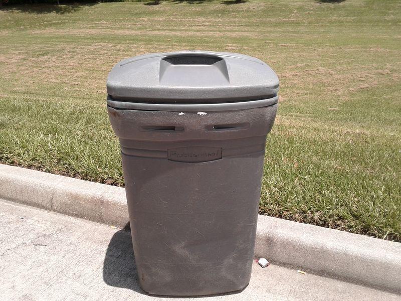 Trash Can - JTE