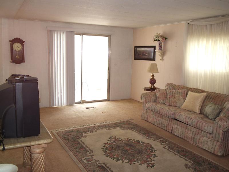 Living Room 3 - Walker