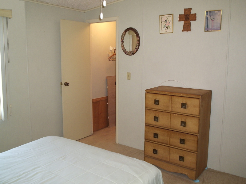 Guest Room 2 - Chris Drive