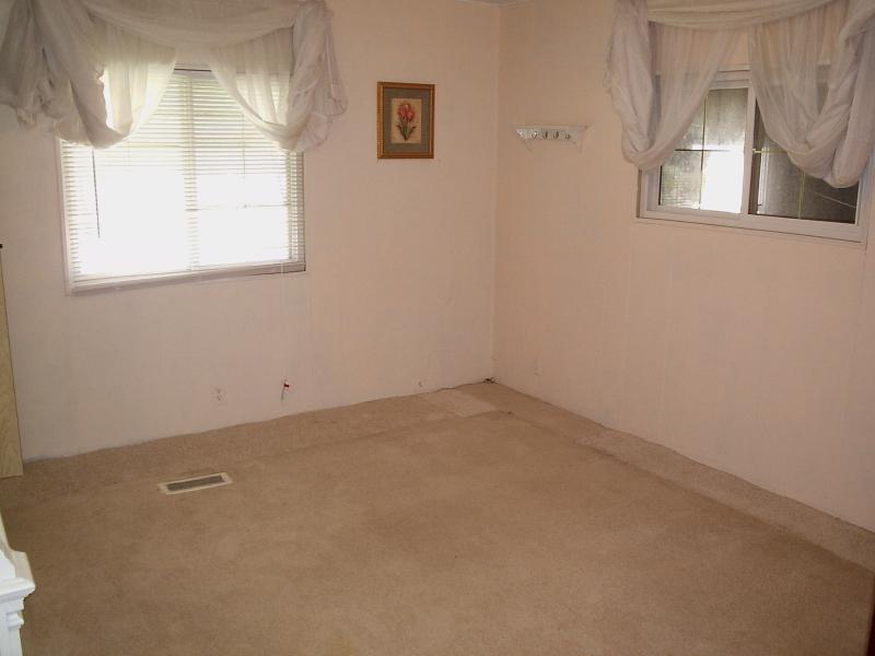 Guest Room 1 - Walker