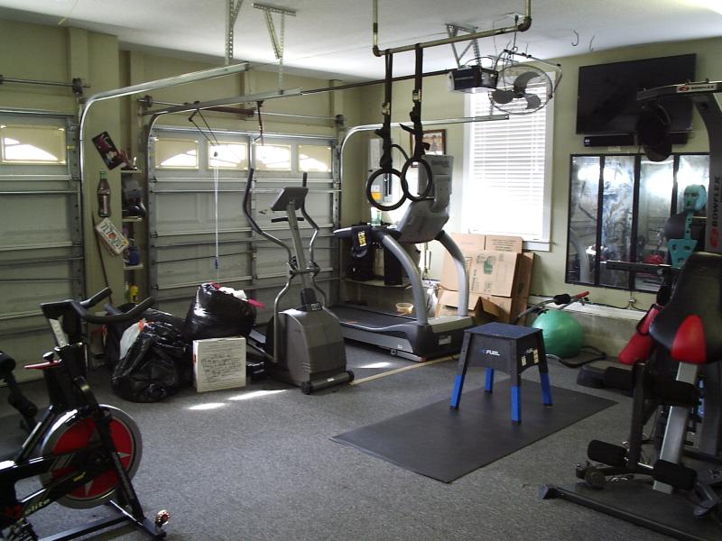 Garage 1 - 10th Street