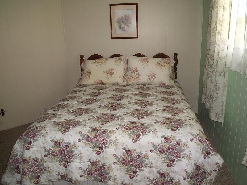 Guest Room 2 - Lakewood