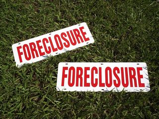 Foreclosure Signs JTE