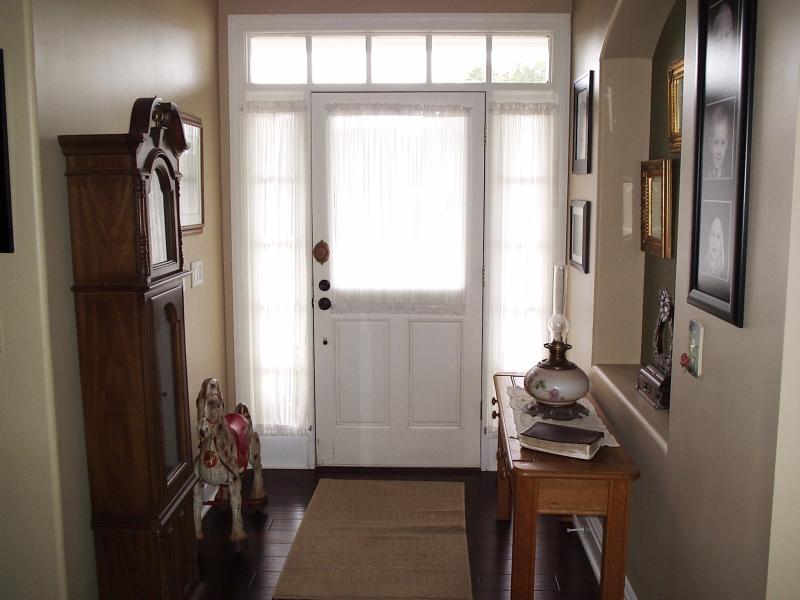 Foyer - 10th Street