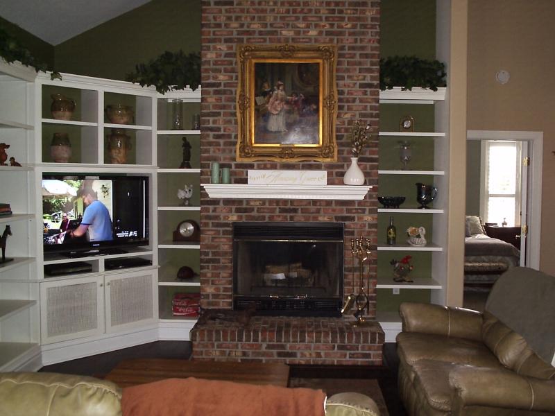 Living Room 1 - 10th Street