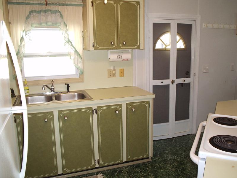 Kitchen 2 - Lakewood