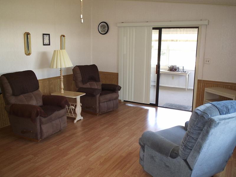 Living Room 3 - Chris Drive