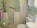 Hall Bath 1 - Chris Drive