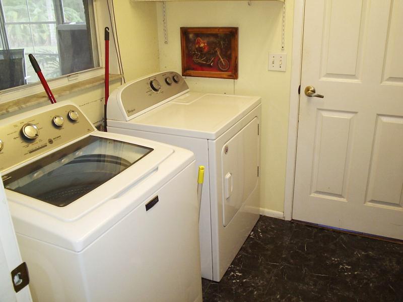 Laundry Room - Linda Vista